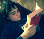 reading book boy_covd